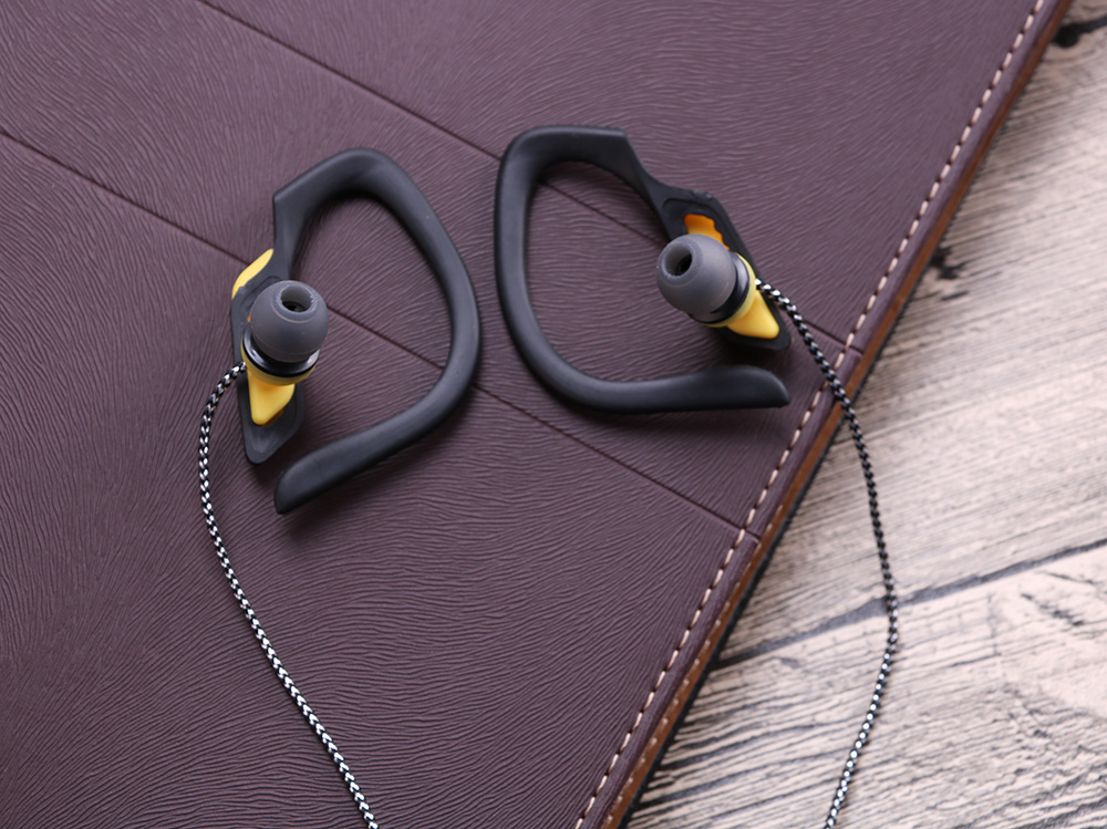 MOSHAN EARPHONE