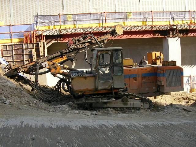 Used TAMROCK RANGER 500 Hydraulic Crawler Drill RigUsed FURUKAWA HCR C300S Hydraulic Crawler Drill R