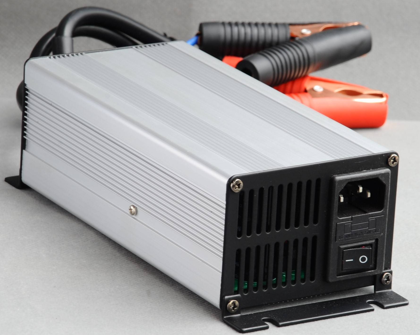 14V15A AGM Battery Charger