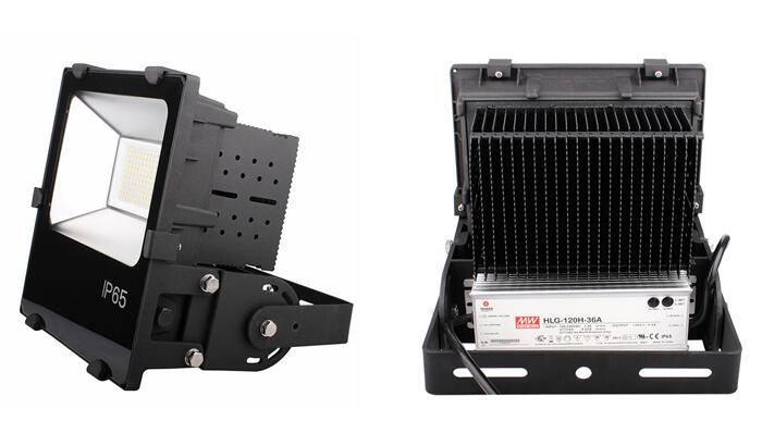 Finned Radiator LED Flood Light 30W, 50W, 70W, 100W, 150W, 200W, Ce, RoHS Meanwell LED Driver