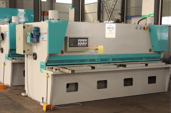 QC11Y-162500 NC Hydraulic Guillotine shear Machine