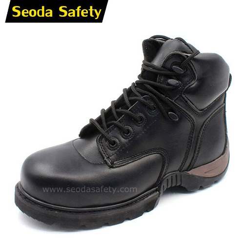 Goodyear welted rubber shoes