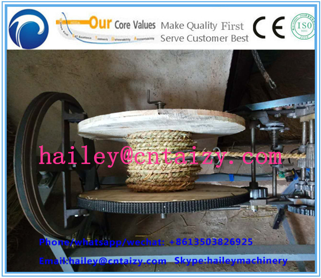 Manual straw rope making machine