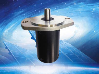 Primary gearbox for solar tracker