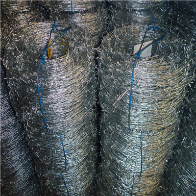 Electric/Hot Dip Barbed Wire with Wholesale Price