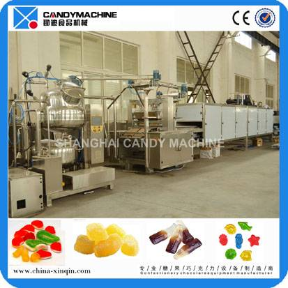 High capacity jelly candy depositing machine