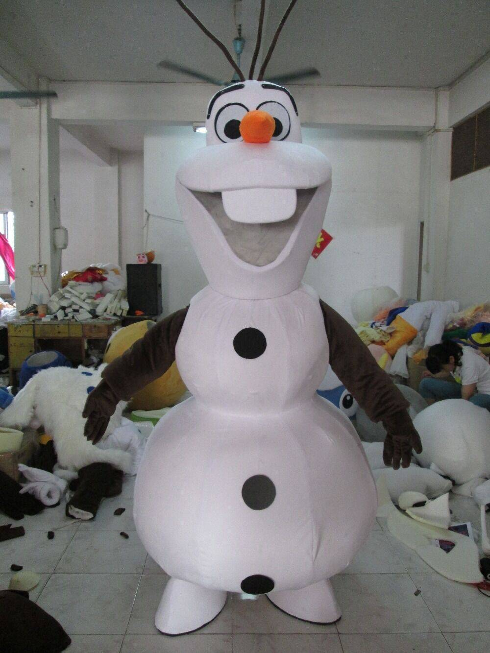 In 2015, the latest warmest smile Olaf mascot costume adult cartoon walking cosplay custom clothing
