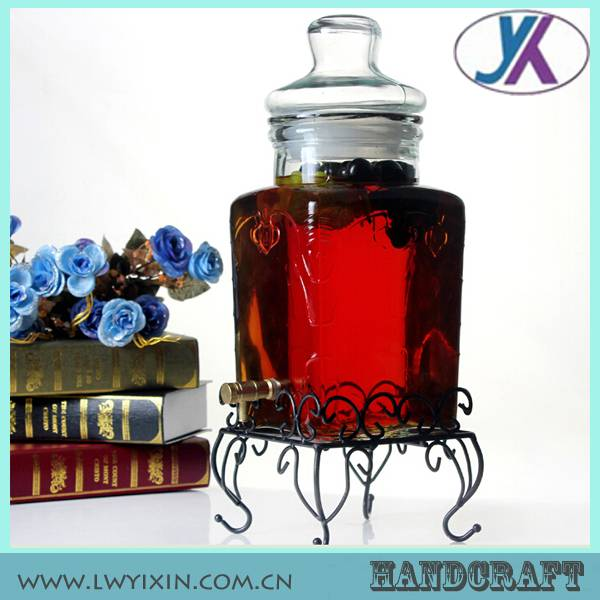 Wine glass storage jar with lids