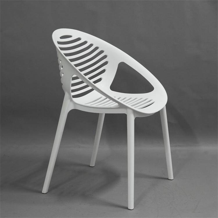 Factory Wholesale High Quality Dining Chair PP Plastic Chair