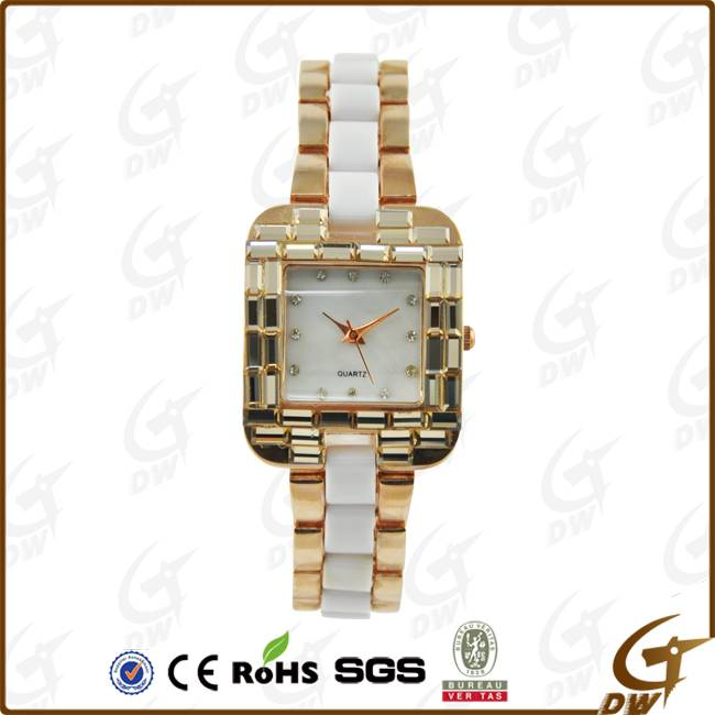 2015 New Design Customized Waterproof Fashion Lady Watches