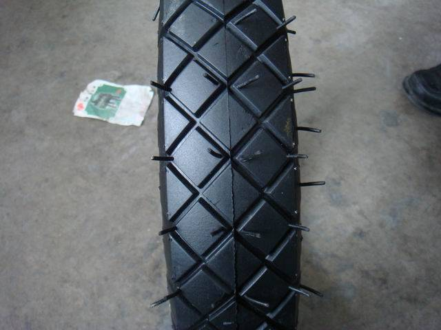 Rich Sizes Strong Wheelbarrow Tire 4.00-8 4PR and Inner Tubes