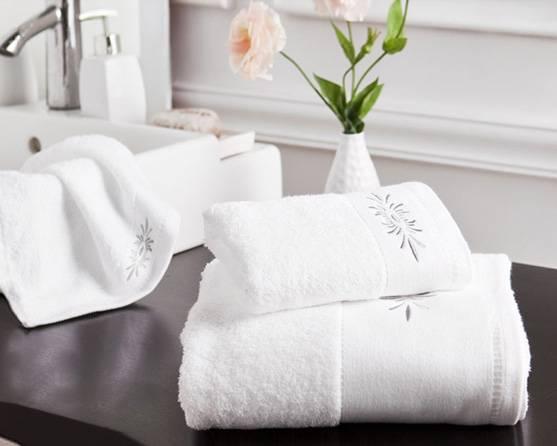 Customized logo white Hotel bath towels sets