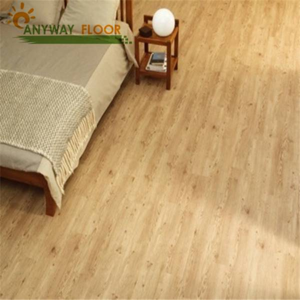 Anti slip floor loose lay floor