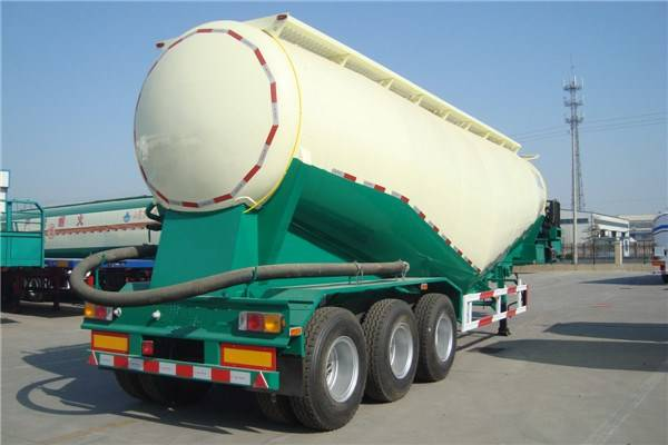 China bulk cement tank semi trailer-Designed for the Asia road