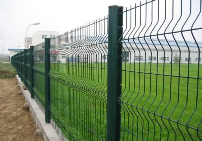 Direct factory Polymer Wire mesh fence /Curvy welded wire mesh fence