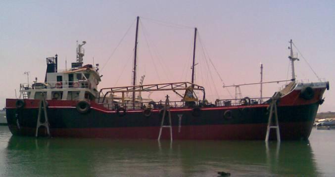 Oil Tanker 850 Dwt Class BV 2002 Ref C4756