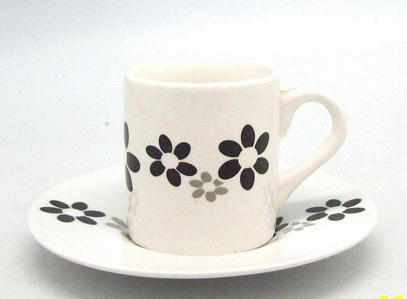 pure white coating porcelain/ceramic cup and saucerwith customized decal/logo gift boxfor promotio