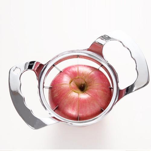 Cut the apple