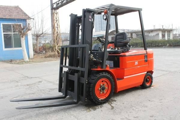 3.5T BATTERY FORKLIFT TRUCK FROM CHINA