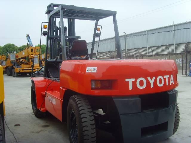 TOYOTA FD100  Forklift