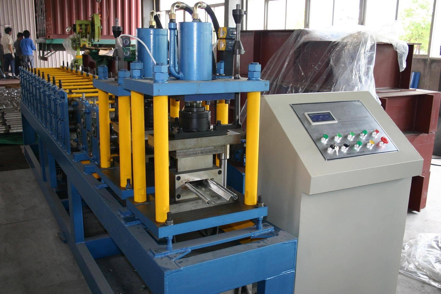 roll shutter door roll forming machine