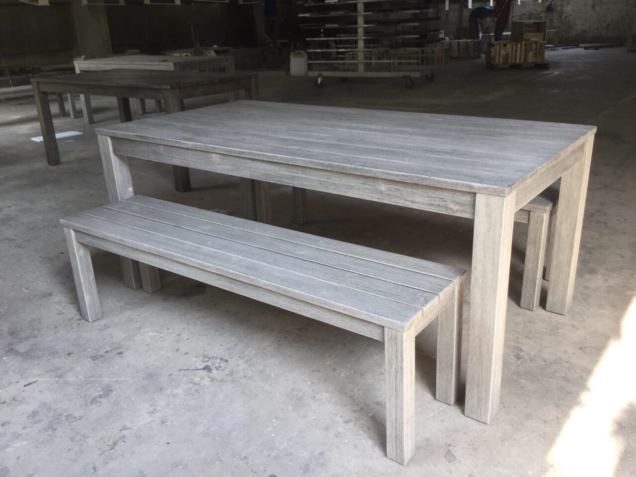 Acasia outdoor sets with whitish painting