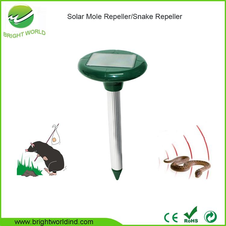 Effective Waterproof Ultrasonic Solar Mole Snake Repeller