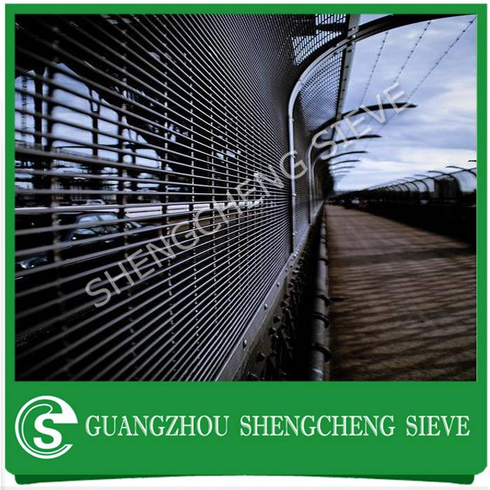 Guangzhou factory price welded wire mesh security screen 358 fencing for military sites