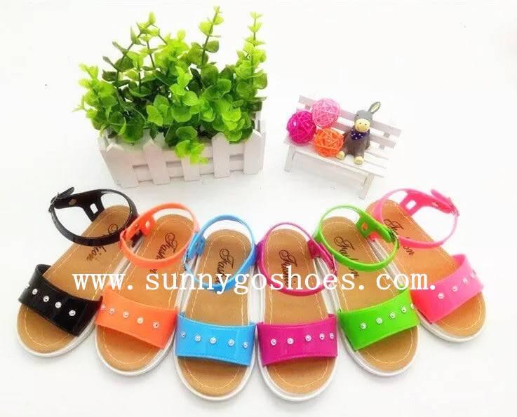 Fashion children's sandals