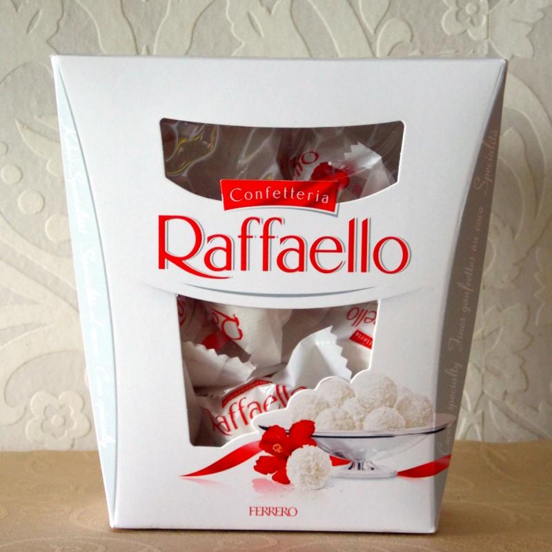 Ferrero Raffaello 230g,Hershey's Chocolate
