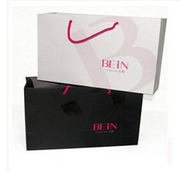 Luxury recyclabe gift paper bag wholesale shopping bag