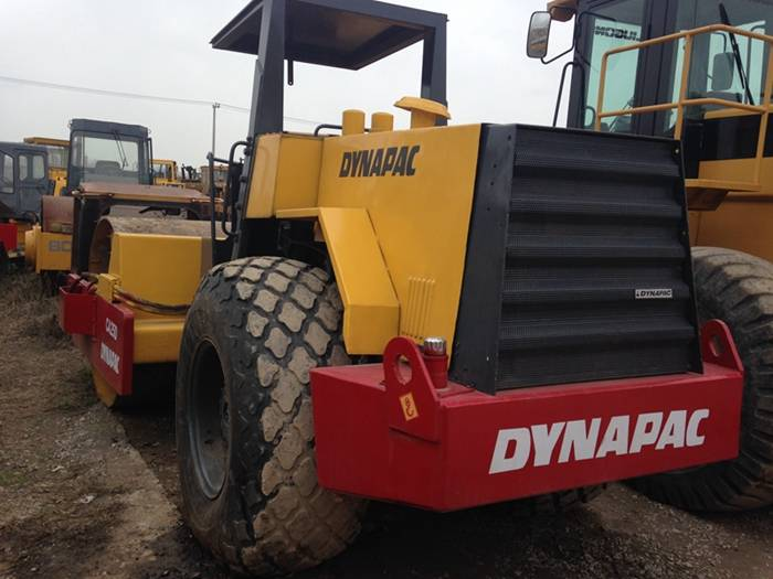 Used Single Drum Road Roller Dynapac CA251