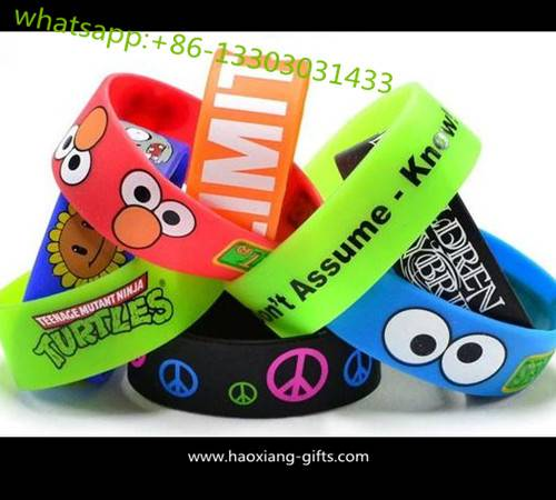 cheap custom silicone wristbands with debossed or embossed logo 202*15*2mm