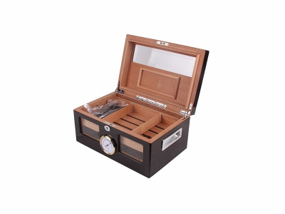 Black Wooden Humidor Chest
