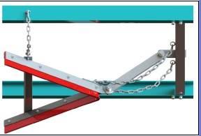 V-plow belt cleaner