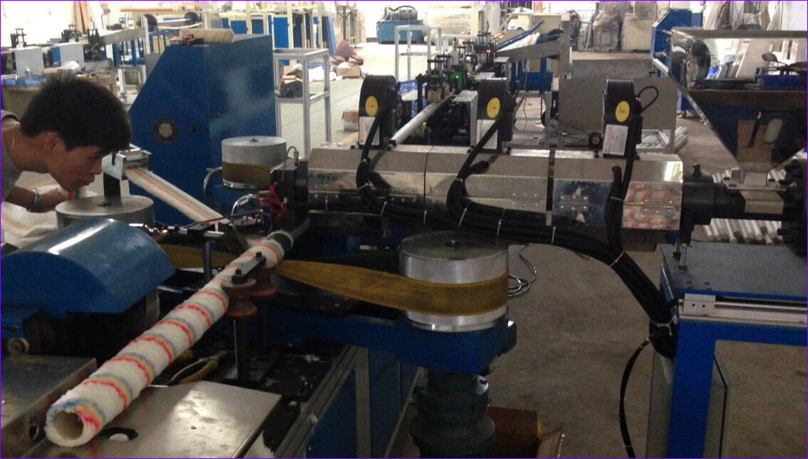 Fully-automatic Mini Roller Hot Glue Winding Machine (TB-CRJ-02)