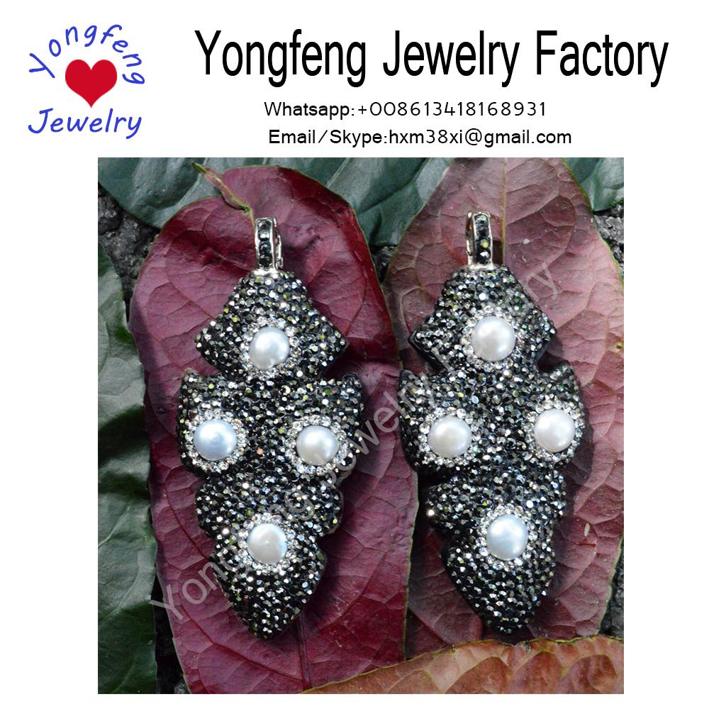 Wholesale freshwater round pearl wooden pendant,leaf shape pendant,paved rhinestone