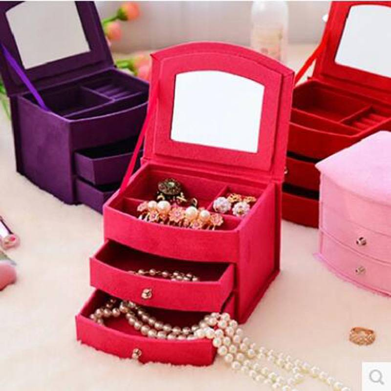 small velvet jewelry box with mirror