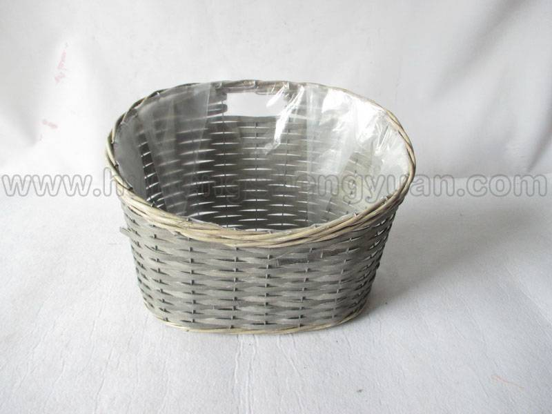 wall hanging willow plant basket with plastic lining