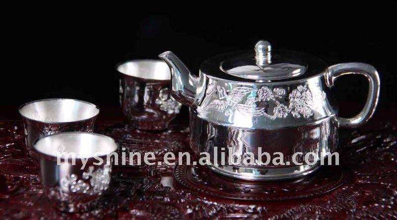 handmade engraved tea set in 990 silver