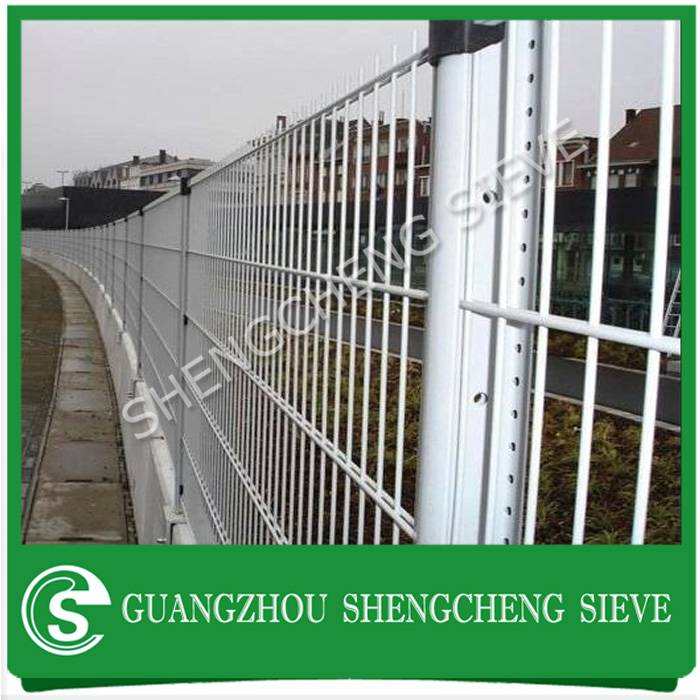 Outdoor used welded twin wire sports fencing with square post