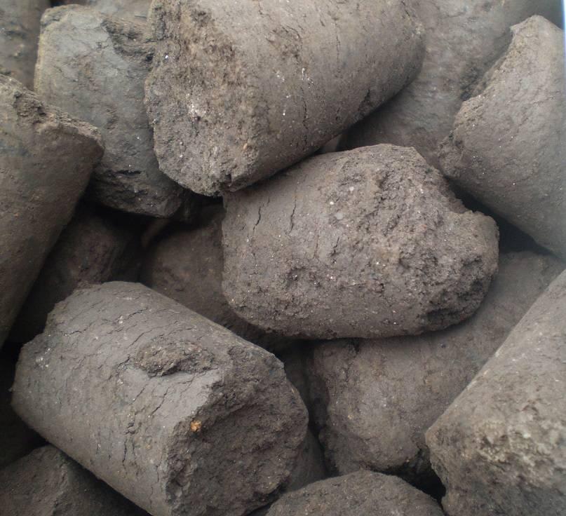 Carbonic lignin brickets