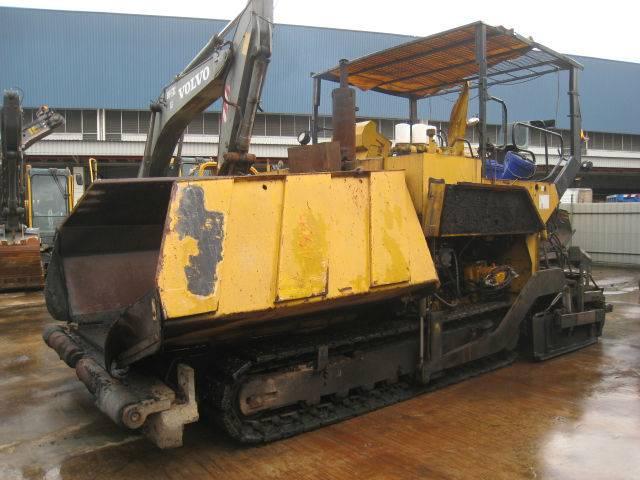 TITAN323 - Asphalt Finisher