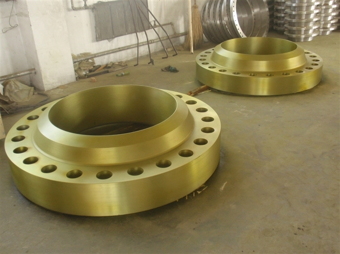 Golden Alloy Steel Welding Neck Flange: ASTM A182 F11, F22 Golden Welding Neck Flanges, PN100, ANSI