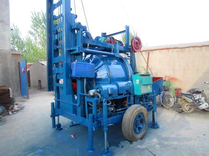 Hydraulic lifting mixer
