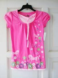 women's pink T-shirts