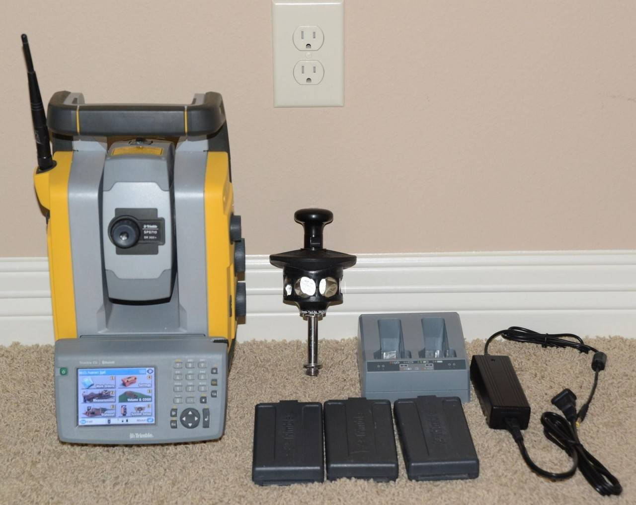 "Trimble SPS710 3"" Robotic Total Station Survey Kit S6"