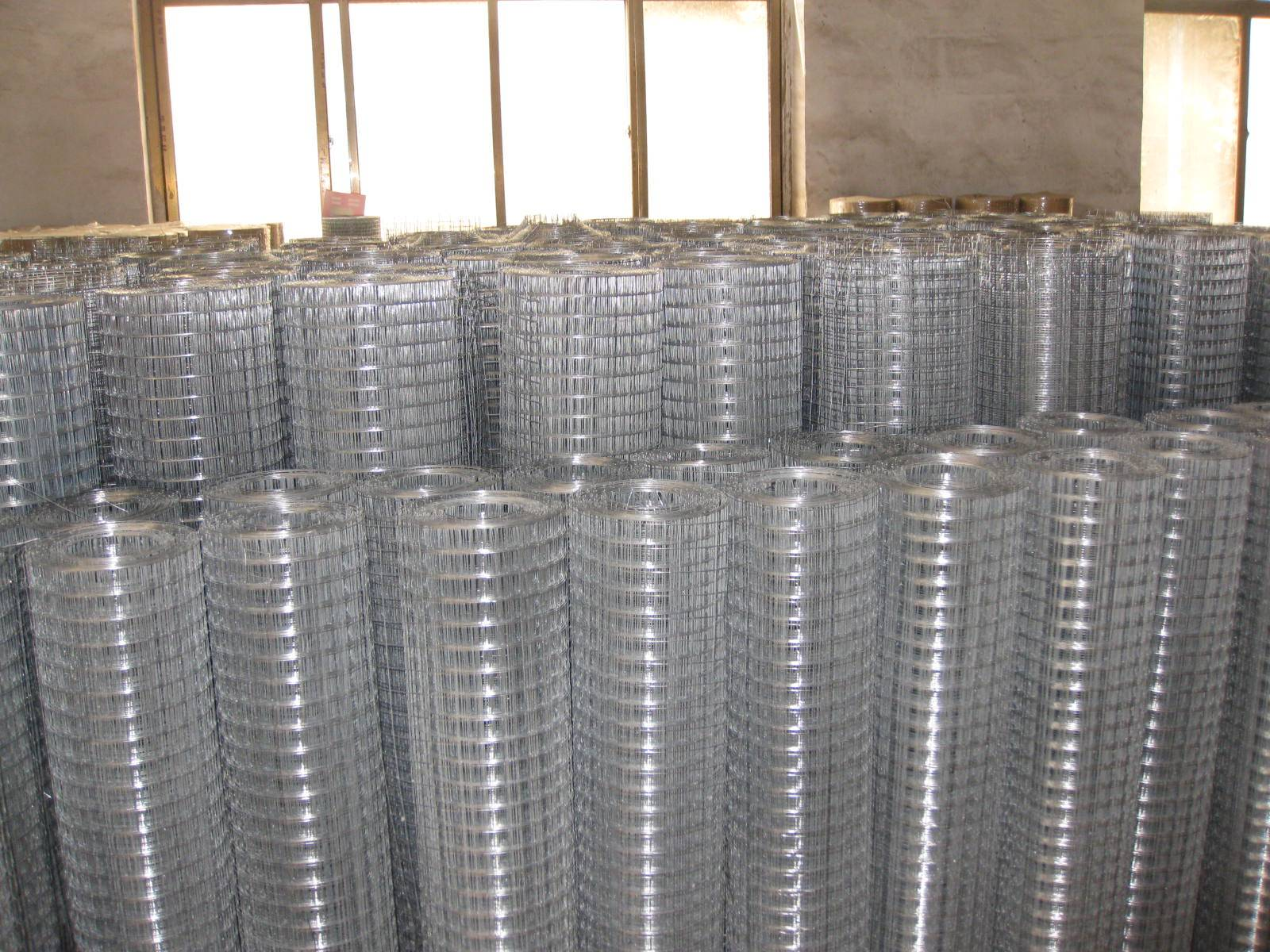 """1/4""""to 3"""" mesh welded wire mesh in china"""
