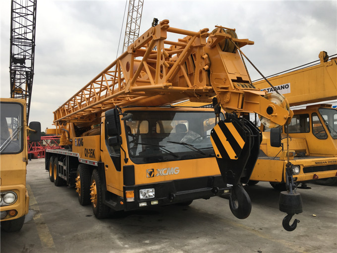 Performance 35 Ton XCMG P&H Truck Crane QY35K mobile crane