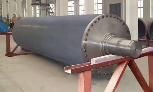 Blind drilled press Roll for papermaking machinery